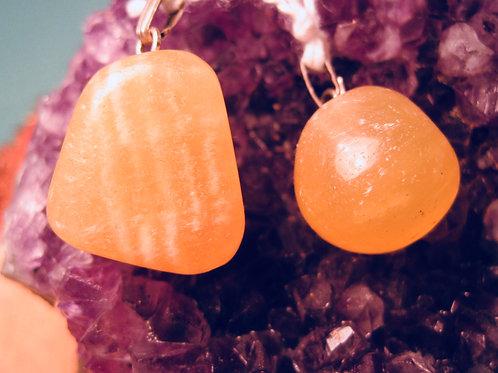 Oranje calciet hanger