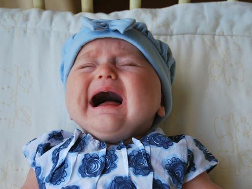 Krijsende baby door babyfoon