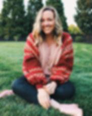 Lindsey+Lee+Headshot+Grass+Option.jpg