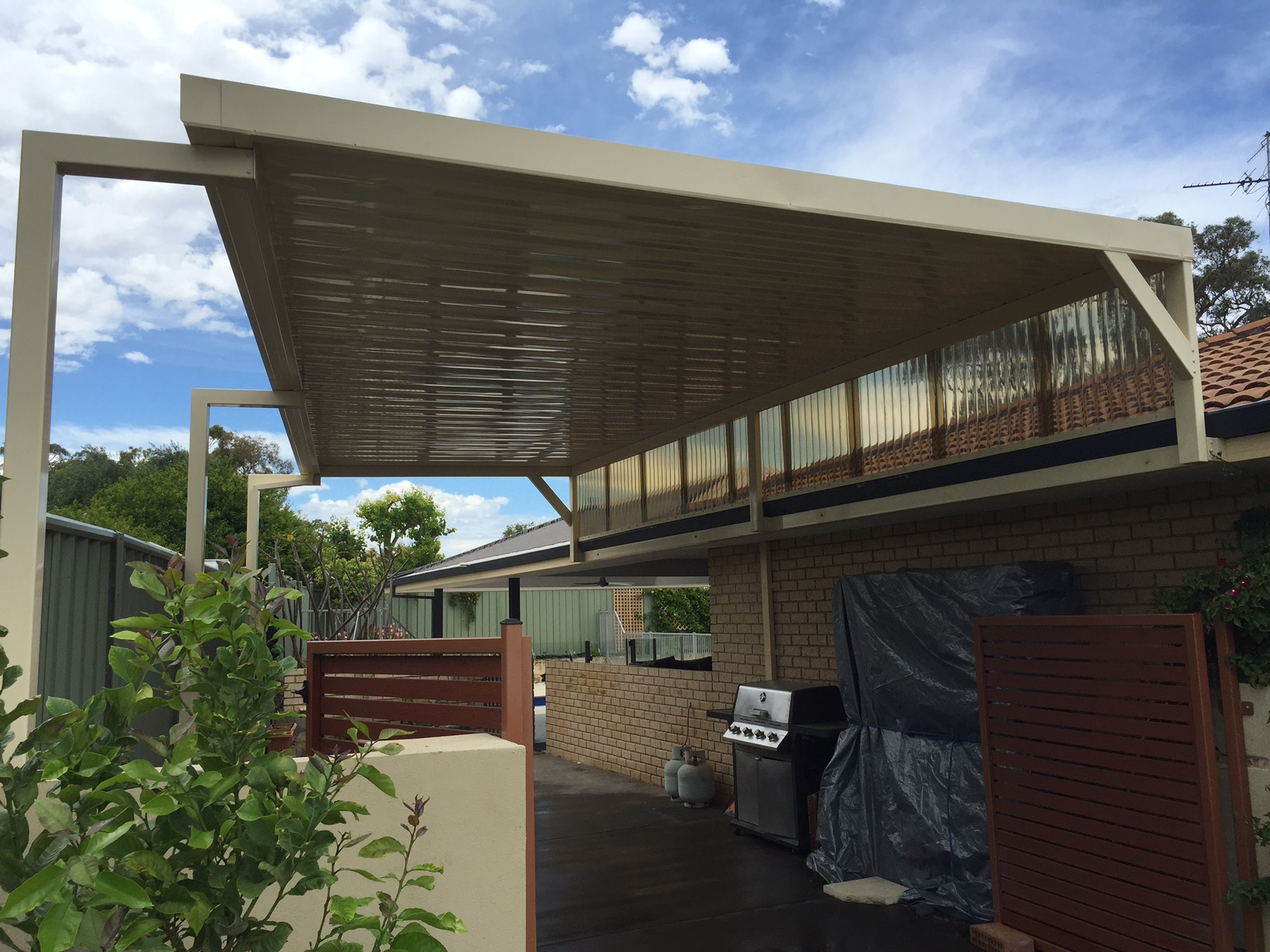 Mandurah Patios Raised Flat Boat Por