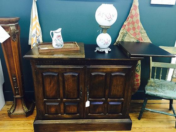 ETHAN ALLEN Classic Manor Cabinet Buffet / Server