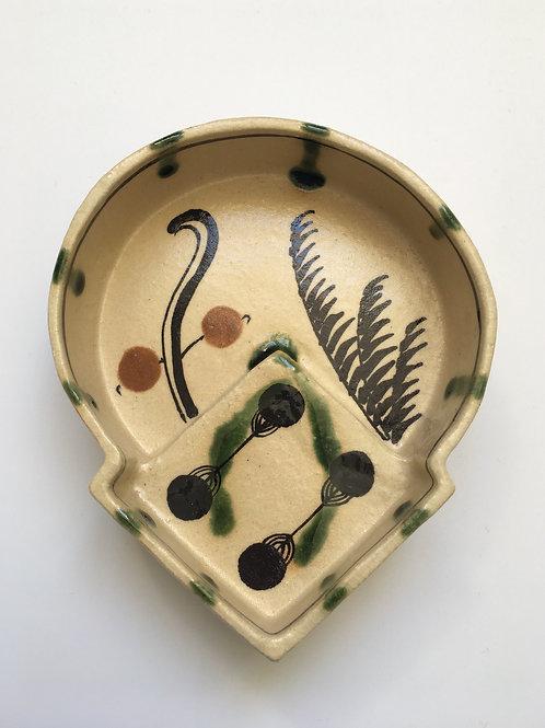 Medium Wild Grass Japanese Handmade Oribe Ceramic Plate  | Ando MASAHIKO