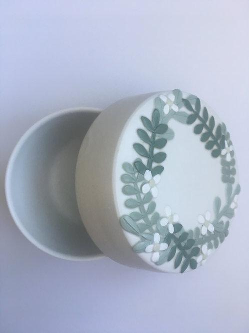 One of a kind flower ceramic box - Green | Akiko UOTANI