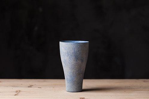 Handmade minimalistic ceramic cup   Makoto SAITO