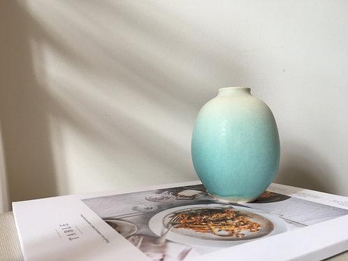 One of a kind handmade ceramic Ice Green vase 2 | Ryuji IWASAKI