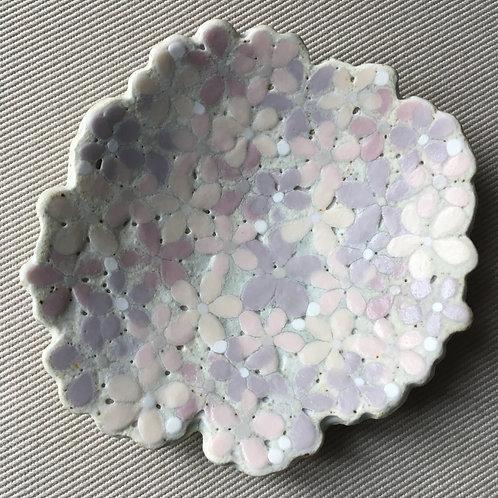 One of a kind flower plate - purple | Akiko UOTANI
