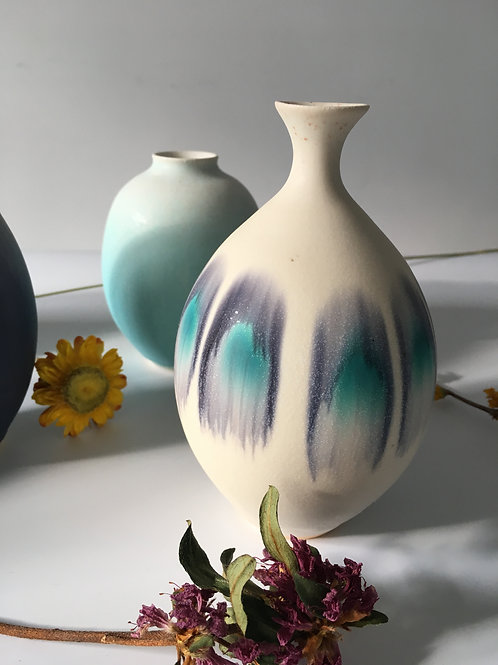"""Different life of a flower"" Vase | Ryuji IWASAKI"