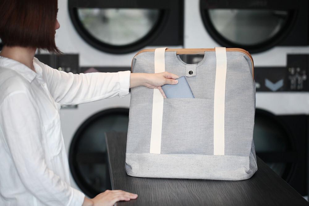 Gudee Blog-Uroki tote bag pocket-Go Fashion with This Laundry Bag