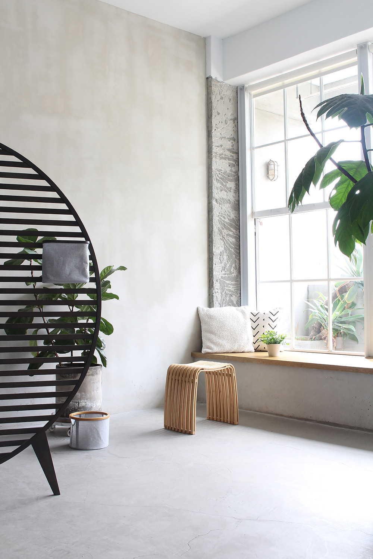 COLIN stool_Gudee