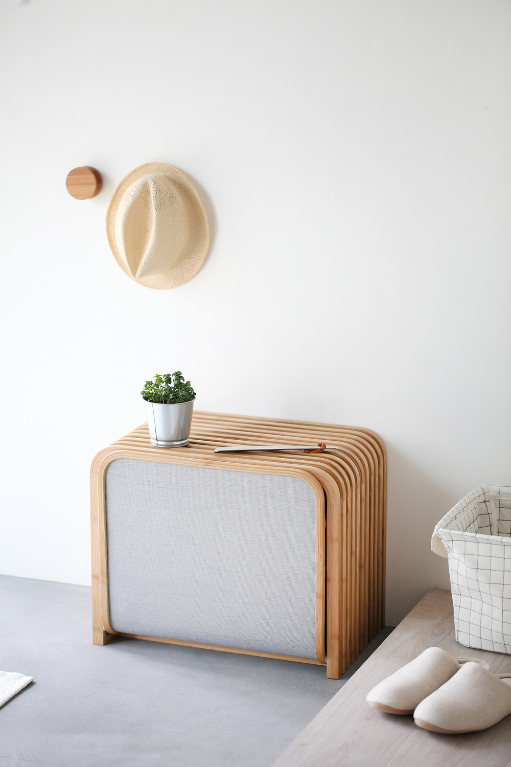 Gudee Tolin storage shoes bench bamboo