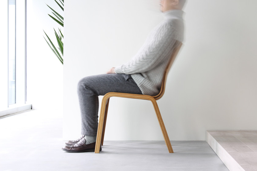 Curves are Trending - Raffles Chair