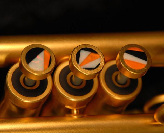 Orange Fingerbuttons