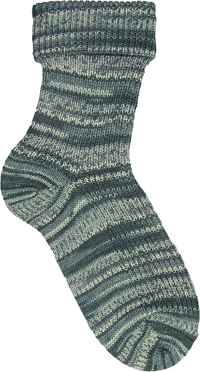 Grey White 9242 Opal Rainforest Sock Yarn pre-pattern 4 ply