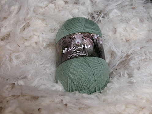green 8 ply merino white gum wool