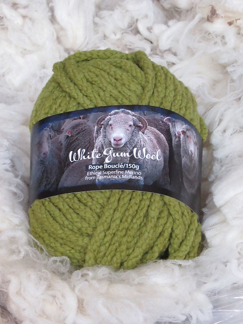Wild Orchid boucle rope yarn white gum wool