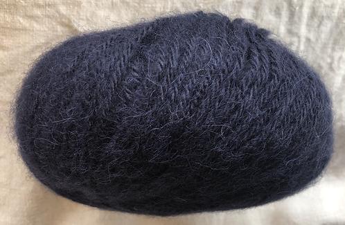 AZ1667—Baby Brushed Alpaca Yarn