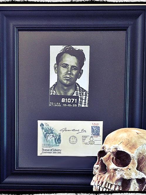 M.L.K Murderer James Earl Ray Framed Signature & Photo