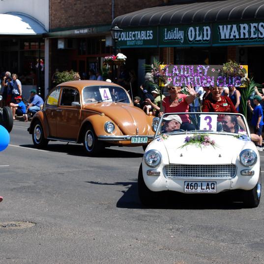 Parade floats (29).jpg