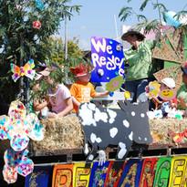 Parade floats (42).jpg