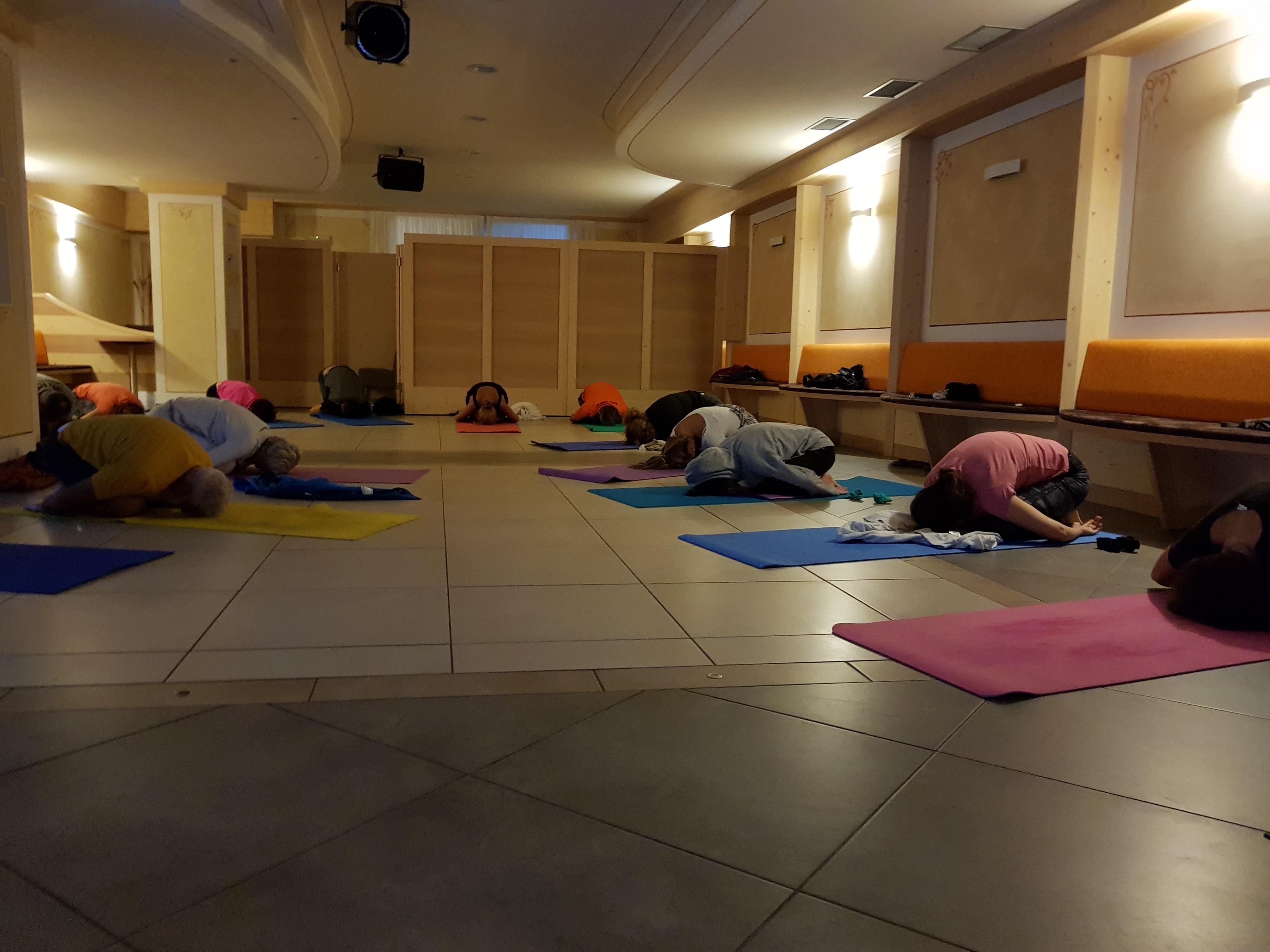 Yoga nel Verde rilassamento Arpa-Yog