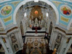 Altaar gezien vanuit de koepel