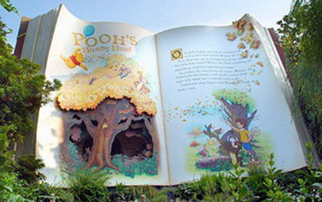 Walt Disney World Winnie the Pooh  Book at entrance