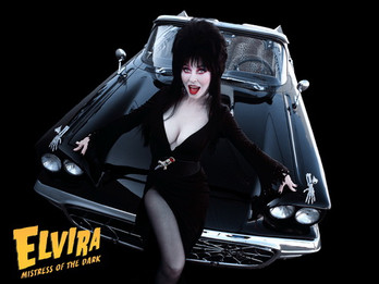 """ELVIRA and her 1959 FORD THUNDERBIRD """"MACABRE-MOBILE"""""""