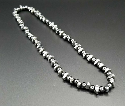 "22"" Hematite Necklace"