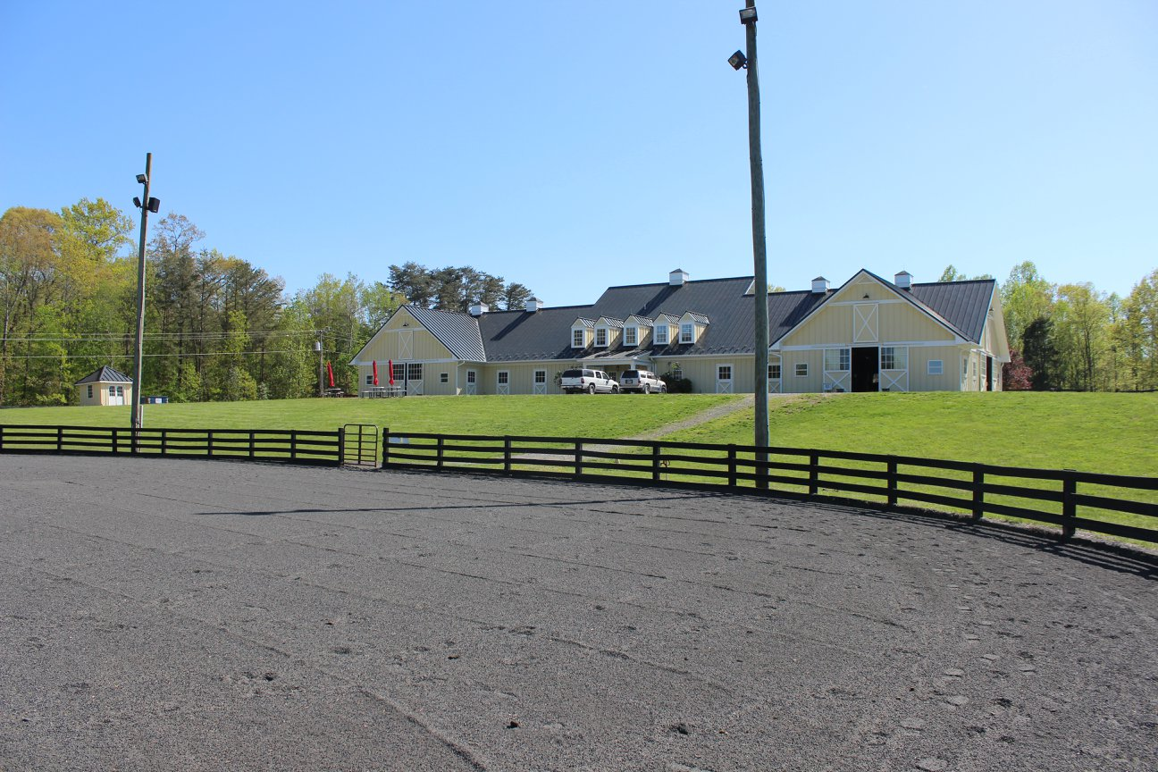 Whitestone Farm Barn and Arena