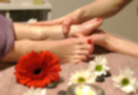 Reflexology Liphook, Reflexology Petersfield, Reflexology Liss, Reflexology mobile