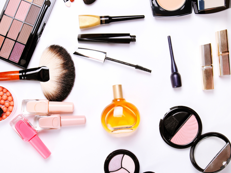 5 Beauty Essentials Everyone Should Have in Their Collection
