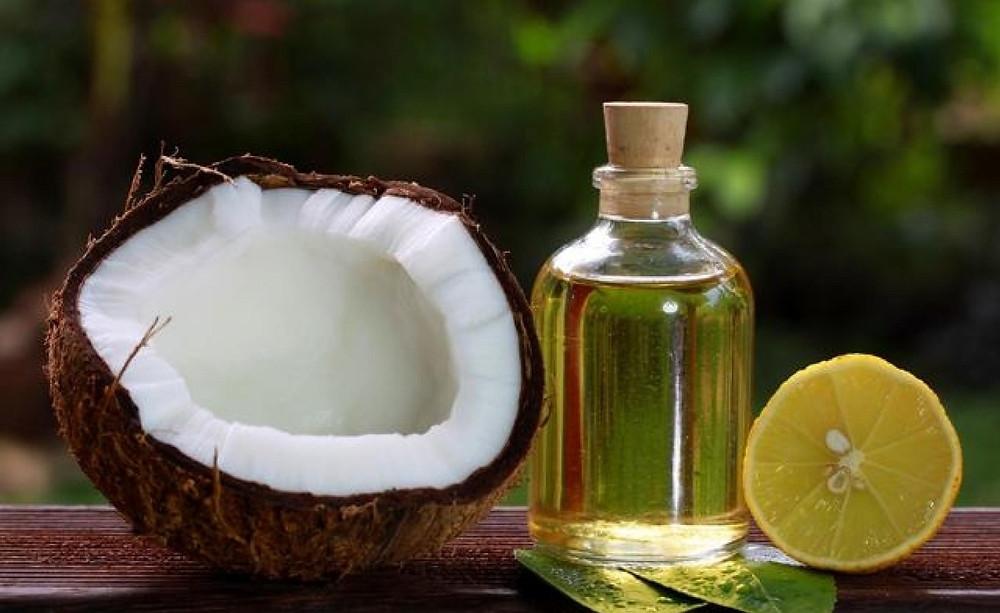 Coconut oil and Lemon massage