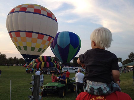 Sellersburg Celebrates Balloon Glow