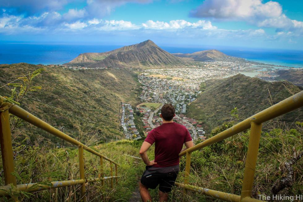 Makapu'u Tom Tom Trail: The Puka and Kamehame Stairs
