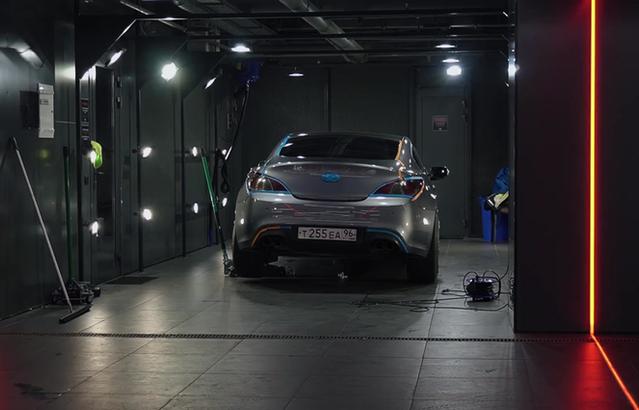 Hyundai Genesis: снова безупречен!