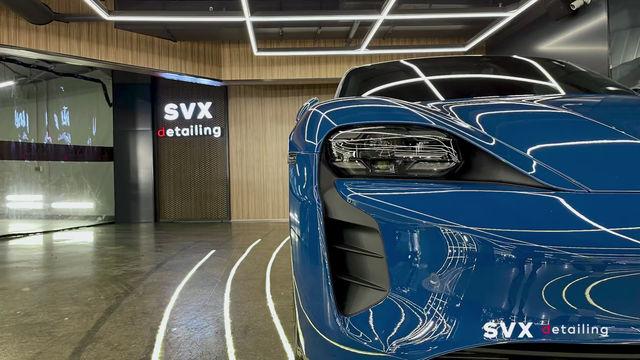 Оклейка плёнкой Porsche Taycan: защита и блеск