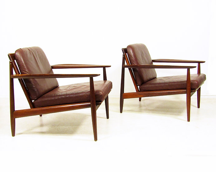 Two 1960s Lounge Chairs By Arne Vodder