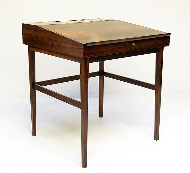 Finn Juhl 1940s Danish Rosewood NV-40 Writing Desk Niels Vodder