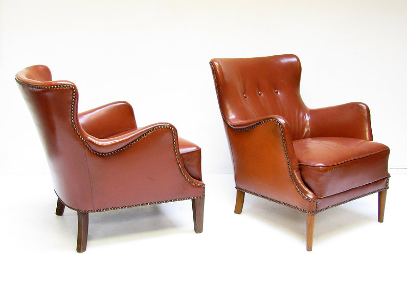 Pair Danish 1940s Club Chairs in Leather Fritz Hansen Peter Hvidt Frits Henningsen