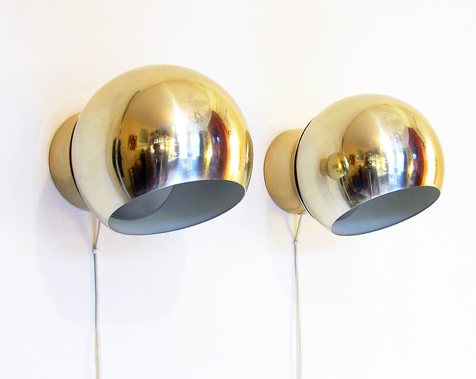 Two Swedish 1970s Wall Lights By Hemi