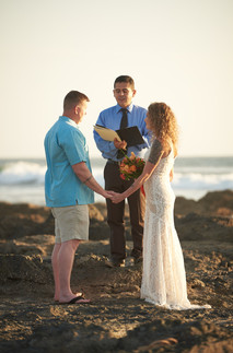 Elopement photography at the Occidental Tamarindo in Costa Rica