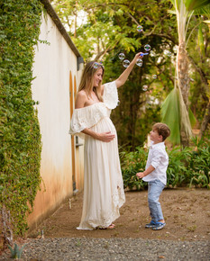 Pregnancy photography in Langosta, Costa Rica