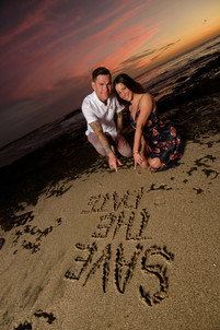 Amazing sunset engagement photos in Tamarindo, Costa Rica