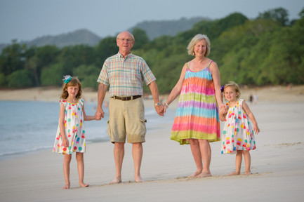 Family reunion photo shoot at Reserva Conchal, Costa Rica