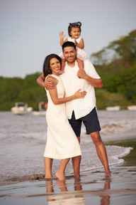 Family photos at Pangas Beach Club in Tamarindo, Costa Rica