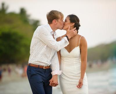 Beach wedding at the Tamarindo Diria in Tamairndo, Costa Rica