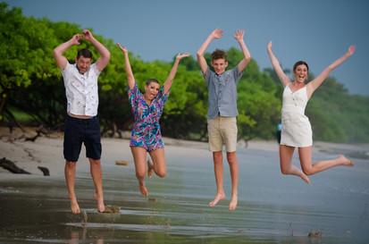 Fun family photos in Costa Rica