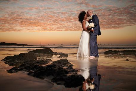 Beach wedding photographer at the Tamarindo Diria, Costa Rica