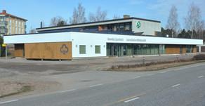 Koivulahden Säästöpankin korjaustyöt valmiit ⌂ Kvevlax Sparbanks renovering klar