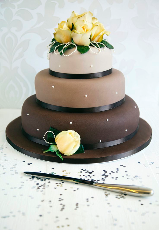 Pearl Chocolate Wedding Cake_edited
